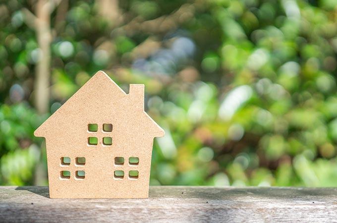 不動産を「買う・もらう」「持つ」「売る」  それぞれに関連する税金を解説