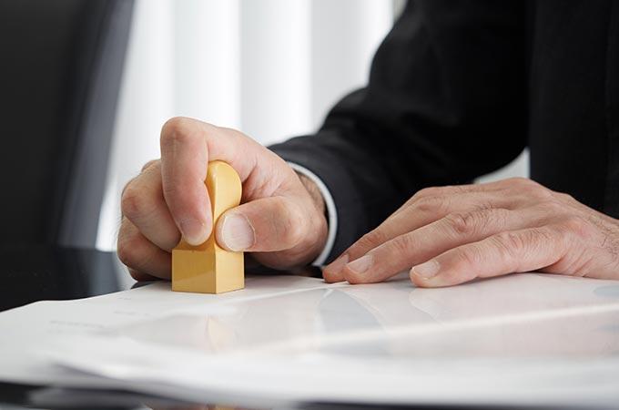 会社設立すべきタイミングとは?起業してすぐ会社を作るのは?会社設立のメリットデメリットとあわせて解説