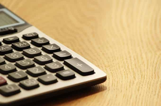 法人の税金に対する不安解消には、税理士との顧問契約を結ぶことが最適