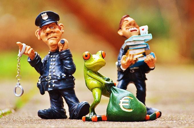 個人事業主で無申告の場合、税金はどうなる?  無申告の罰則や影響について