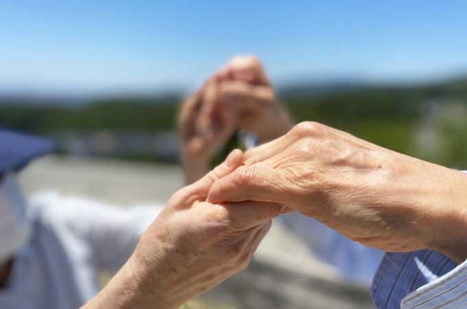 老後の資金はいくら必要? 準備すべき目標金額と  年代別おすすめの資産運用
