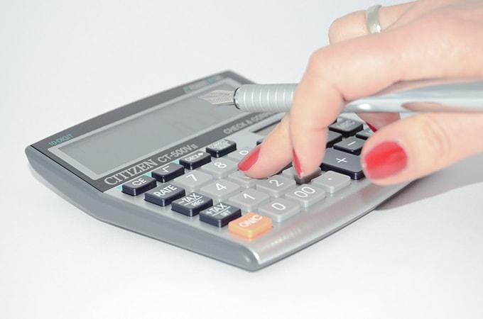 開業して個人事業主になったら、  知っておきたい税金の3つのこと