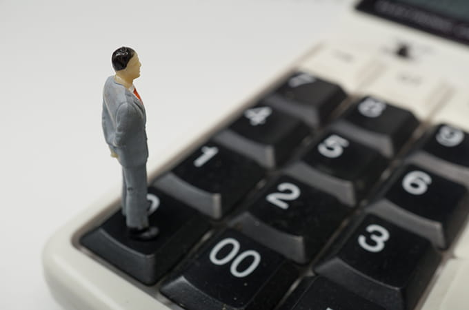 フリーランスには税理士が必要か?  税理士の活用場面を解説