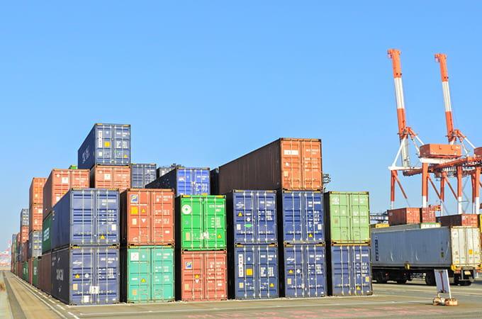輸入をしている個人事業主にかかる  税金の種類と注意点について