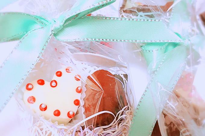 バレンタインデーのチョコや  ホワイトデーのお返しと税金の関係